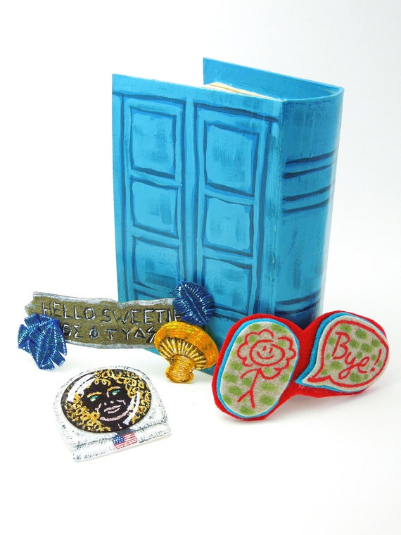Doctor Who River Song's Diary gift set with Hello Sweetie barrette, Impossible Astronaut brooch, Hallucinogenic Lipstic barrette