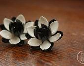 Vintage Metal Black and White Flower Clip-on Earrings