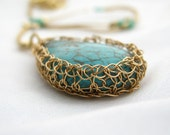 Wire crochet necklace, turquoise and Gold filled stone