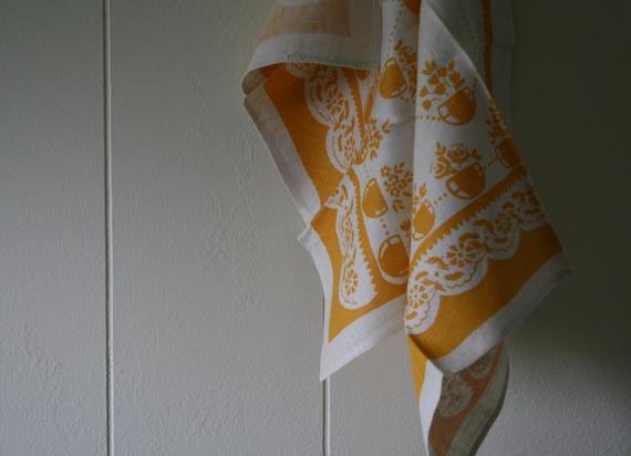 Vintage  Linen Tea Towel, Yellow Dish Towel