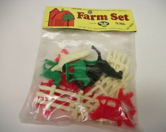 Vintage TIM MEE Toys Farm Set No 5902  USA