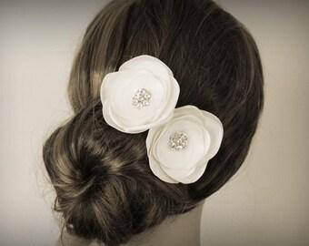 Ivory Bridal Hair Flowers ( Set of 2) - Bridal Hair Accessory - Crystal - Rhinestone - Handmade Headpiece