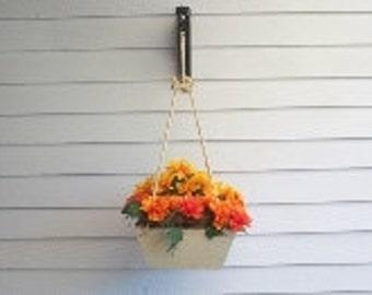 Wood Hanging Planter, Wood Flower Pot Planter,Hanging Plant,Deck Planter,Patio Planter, Indoor Outdoor Planter, Hanging Flower Pot Planter,