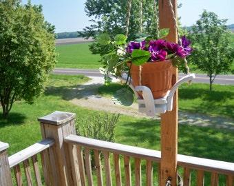 Hanging Flower Pot Planter,Flower Pot Hanger, Hanging Plant, Decorative Planter, Garden Decor, Wood Hanging Planter, Garden Planter