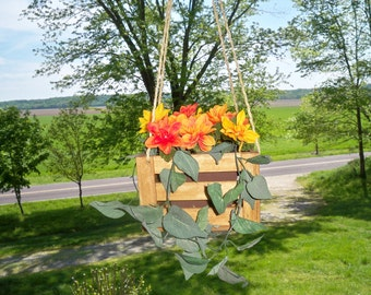 Hanging Flower Pot Planter, Indoor Outdoor Hanging Planter,Hanging Plant,Wood Hanging Planter, Deck Hanging Planter. Patio Hanging Planter