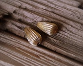 17mm Corrugated Teardrop 14kt Gold Filled Vintage Beads.  2 Pieces.