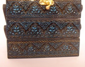 Wooden jewelry box engraved  with Lacquer Art three folds