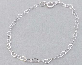 Silver Heart Bracelet-Bridesmaids,bestfriend,Wife,Girlfriend Gift--simple,dainty jewelry