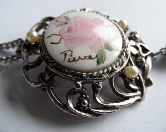 Handp. tassel porcelain brooch - pendant & necklace / porcelein broche - hanger