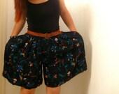 SALE Vintage Festival Shorts Culottes  : black floral bohemian hippie festival skirt elastic waist 70s 80s size large L