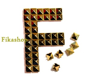 5mm 50pcs Gold pyramid studs (4 legs) / HIGH Quality - Fikashop