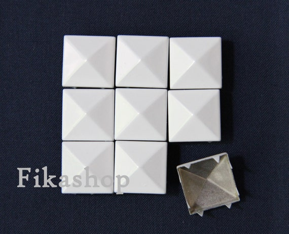 40% Off Clearance SALE: 17mm 20pcs Big white polished pyramid studs (8 legs) / HIGH Quality -  Fikashop