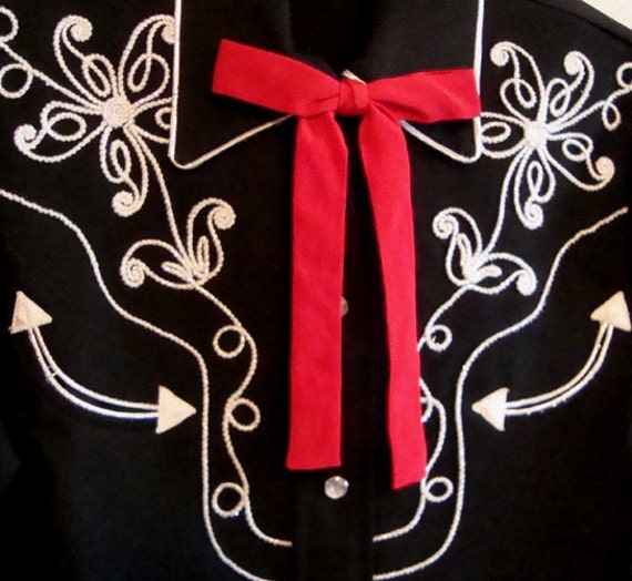 Vintage Western Bow Tie . Bright Red Rockabilly Square Dance Colonel Bowtie