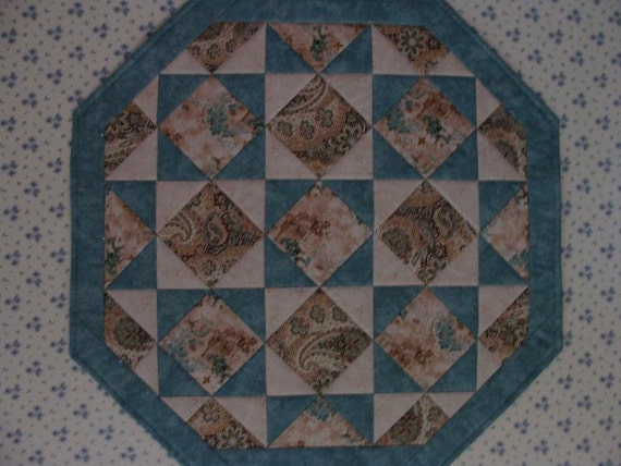 "french print ""octagonal stars"" table topper"