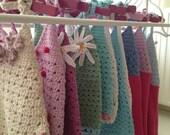 Zolamilola handmade, mediterranean, crochet dresses and tanktops for little summer sweeties with flowers, seastars or daisies