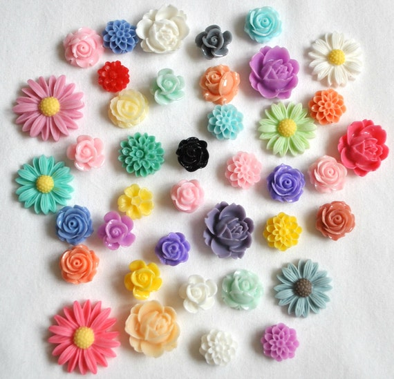 40 Resin Cabochon Flowers MIX LOT