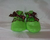 Lime Green Scalloped Edge Baby Booties