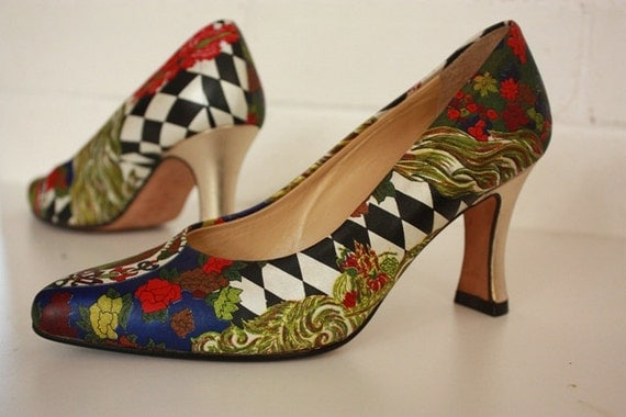 Vintage Hand Crafted Shoes by Chantal Italy Size 6 -  Harlequin & Rose Pattern