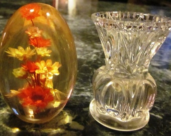 Glass Dried Flower Paperweight and Crystal Holder