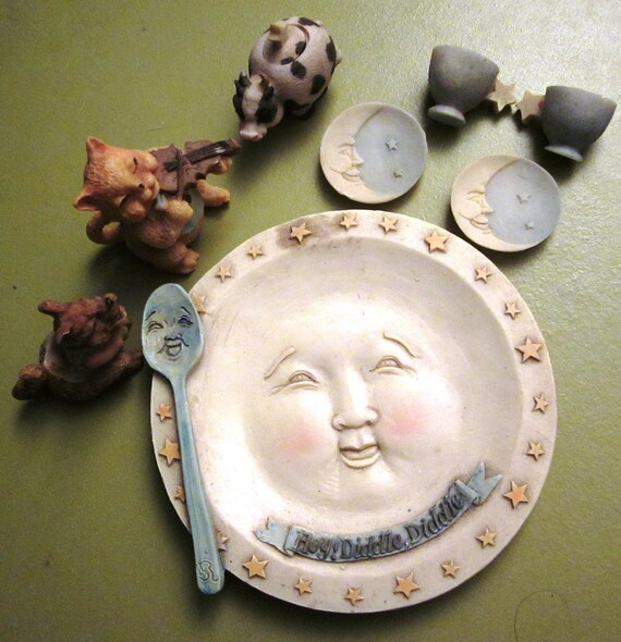 Hey Diddle Diddle Mother Goose Mini Tea Set