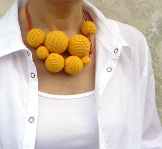 Sun and Laughter / Crocheted Necklace