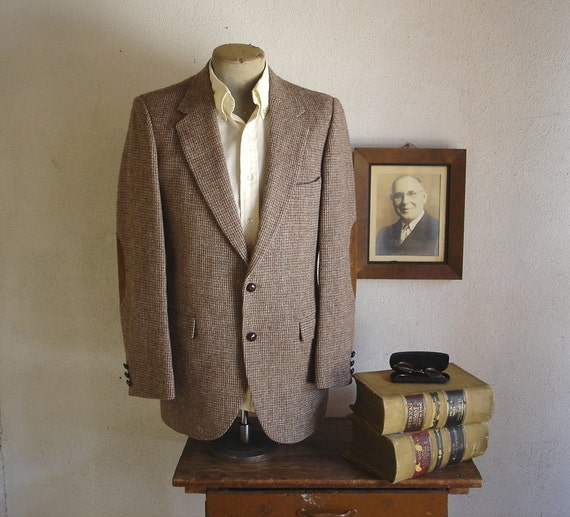 1970s HARRIS TWEED Mens Suit Jacket Vintage 100% Pure Scottish Wool Blazer / Sport Coat with leather elbow patches  - Size 40 (MEDIUM)