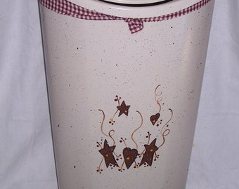 Primitive hearts and stars Kitchen trash/garbage can