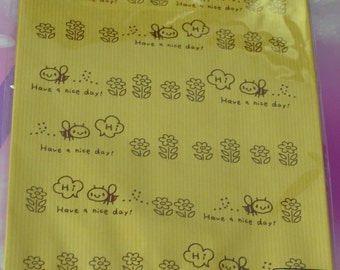 A Set of 20 Japanese Kraft Gift Bags -Bees and Flowers