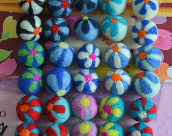 30pcs Multicolors Needle Felted Flower Felt Balls