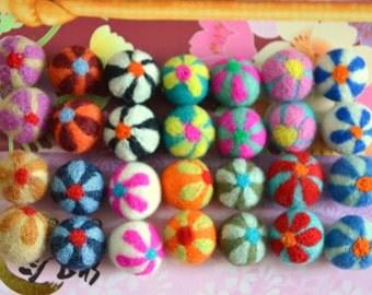 28pcs Multicolors Needle Felted Flower Felt Balls