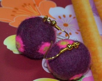 Purple / Pink Polka Dots Felt Ball Earrings