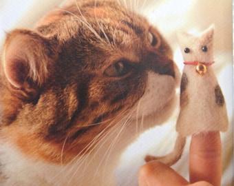 Cat Hair Felt and Goods by Kaori Tsutaya Japanese Craft Book (In Chinese)