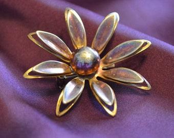 Vintage Polished Flower Pin