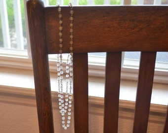 Simple and Elegent Vintage White Beaded and Chain Necklace
