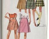 Vintage Uncut Kilt Skirt Pattern Simplicity 1967 1060s