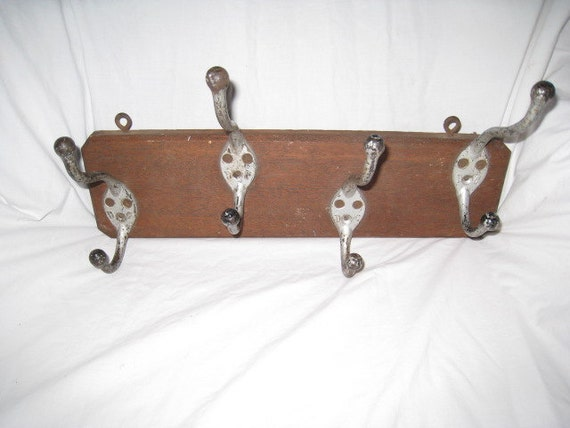 Nice Early 20th Century Coat - Hat - Clothes Oak & Cast Iron Hook Wall Rack