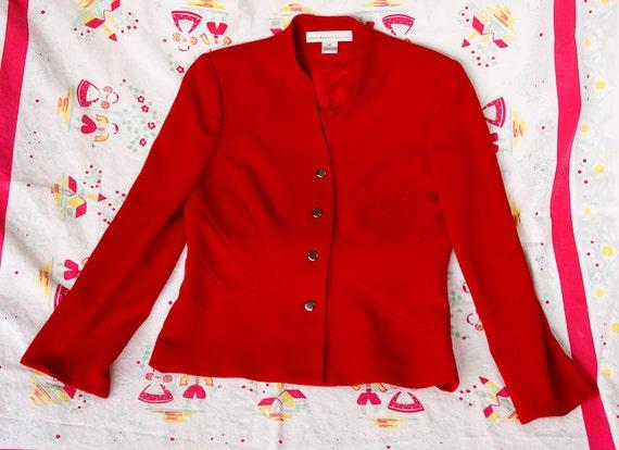 Red David Warren Suit Blazer Jacket, size 6P, has Vintage Styling 1940's style, Crepe