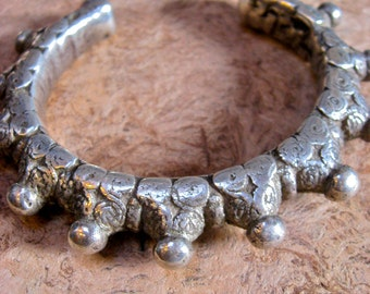 Antique Indian Gujarati Silver Bracelet from 1920s - with spirals and spike balls