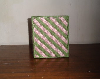 Mosaic Stitch Tissue Box Cover