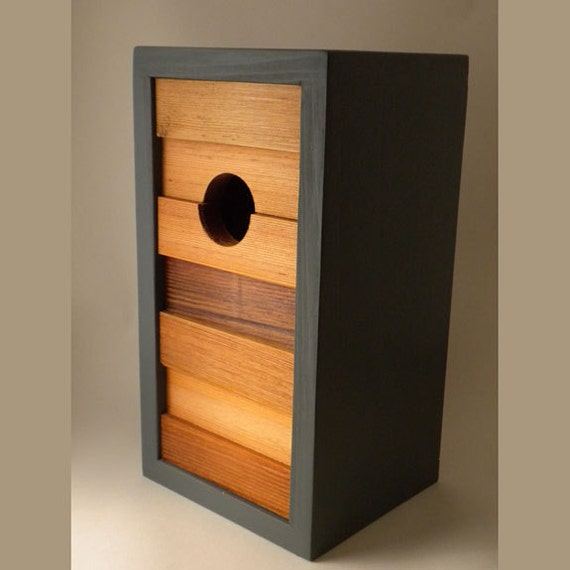 Birdhouse modern minimalist the ebb and flow for Minimalist house materials
