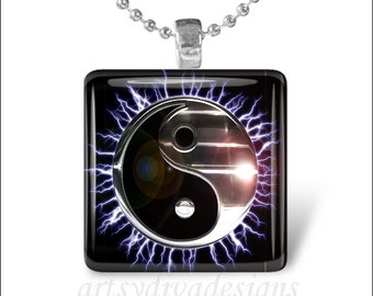 METALLIC YIN YANG Electric Sun Black Silver Glass Tile Pendant Necklace Keyring
