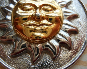 Beautiful SUN Jewelry Pendant * Sun Jewelry * 1970's * AGE of AQUARIUS