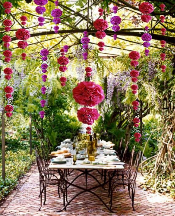 20 Classic Tissue Paper Poms: centerpieces - wedding - garden party - baby shower - bachelorette party - bridal shower - choose your colors