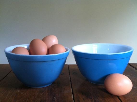 Pair of Vintage Blue Pyrex Glass Bowls 1.5 pint