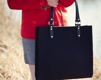 Felt Bag With Leather Handles - HIPPO BAG
