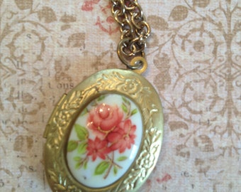 Solid brass locket necklace