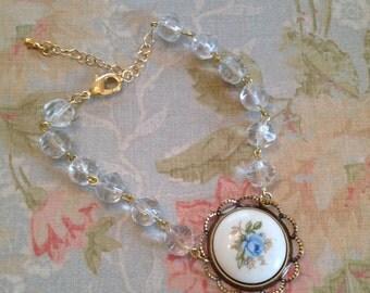 Vintage blue floral clear ice glass bracelet