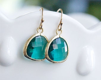 Emerald Green Drop Earrings in Gold - Gold FIlled Earwire - May Birthstone, Bridesmaids