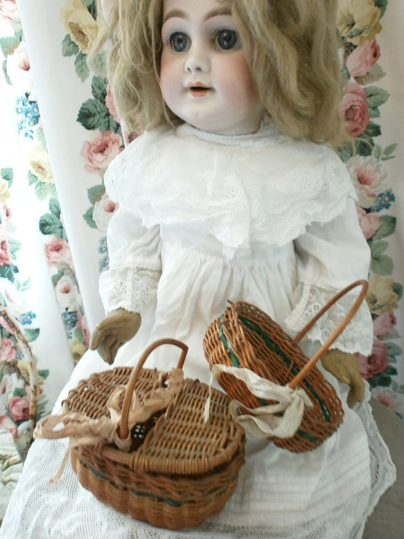 French Doll Baskets,Très Mignon 1920's Original  Condition Gorgeous