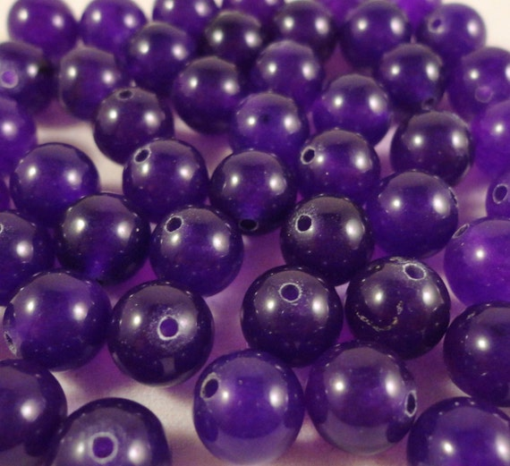 """Amethyst Gemstone Beads 8mm Round Deep Purple Russian Amethyst Dyed Precious Stone Beads for Jewelry Making on a 7 1/4"""" Strand with 23 Beads"""